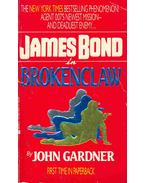 James Bond in Brokenclaw