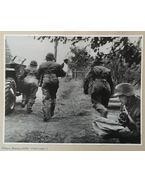 1941. október 5-én készült 1db katonai fotó