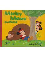 Micky Maus im Wald