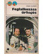 Foglalkozása űrhajós
