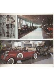 EFA Automobil Museum - Régikönyvek