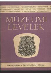 Múzeumi levelek 4. sz. - Régikönyvek