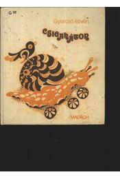Csigaháton - Régikönyvek