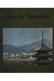Japan in Transition - Régikönyvek