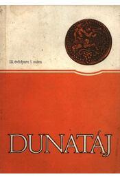 Dunatáj III. évfolyam 1. szám - Régikönyvek