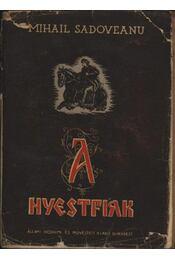 A Nyestfiak - Régikönyvek