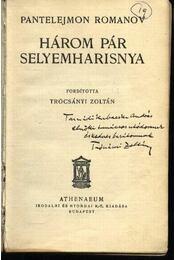 Három pár selyemharisnya - Régikönyvek