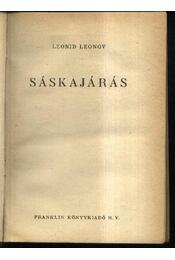 Sáskajárás - Régikönyvek