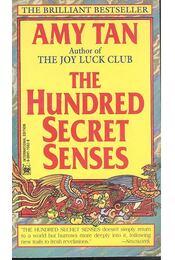 The Hundred Secret Senses - Régikönyvek