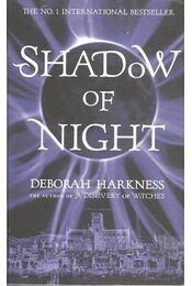 Shadow of Night - Régikönyvek