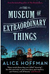The Museum of Extraordinary Things - Régikönyvek