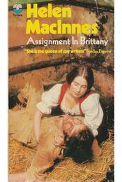 Assignment in Brittany - MacInnes, Helen - Régikönyvek