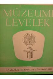 Múzeumi Levelek 2. - Régikönyvek