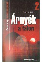 Árnyék a falon - Role, Gordon - Régikönyvek